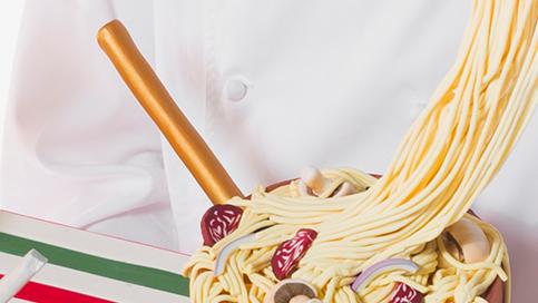 spaghetti-fondant-cake