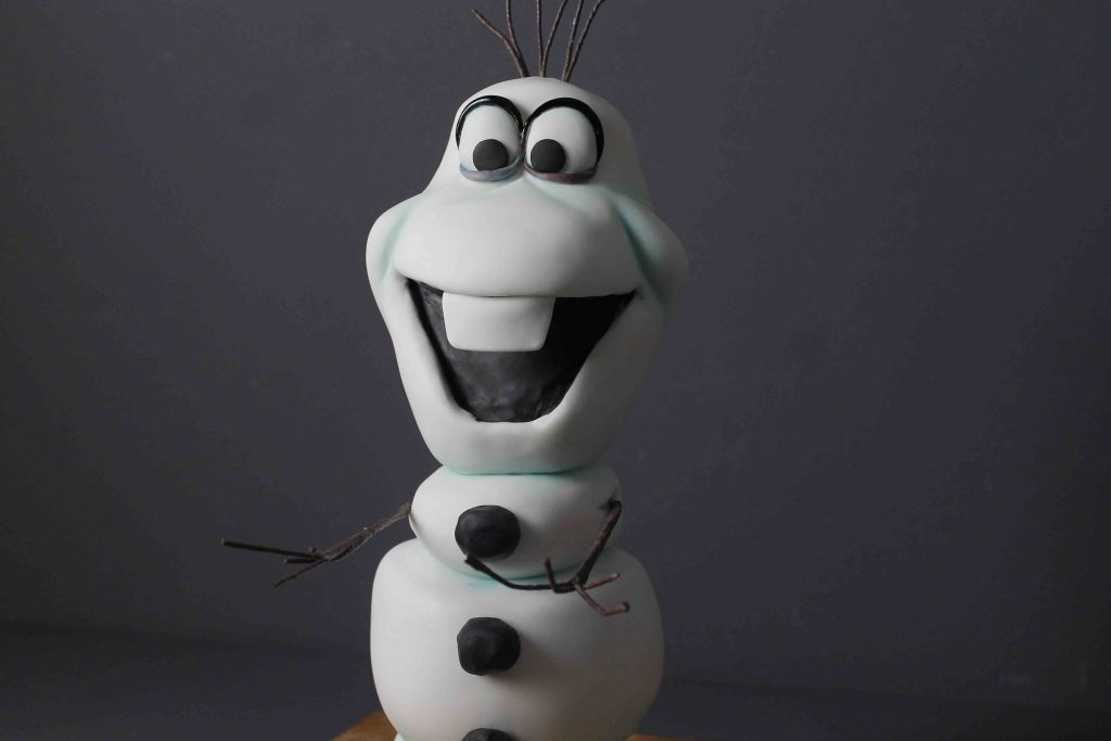 Olaf Frozen Cake. Carved Cake Tutorial with real cake, ganache and fondant decorations